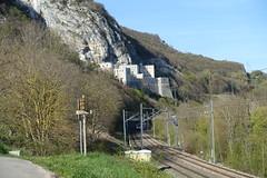 Fort l'Ecluse @ Hike to Le Vuache (*_*) Tags: randonnee nature montagne mountain hiking walk marche 2019 printemps spring april jura vuache europe france ain leaz 01