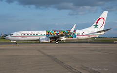 RAM_B73H_CNRGH_BRU_MAY2019 (Yannick VP) Tags: civil commercial passenger pax transport aircraft airplane aeroplane jet jetliner airliner ram at royalairmaroc boeing b737 737800 wgl winglets b737ng nextgen nextgeneration cnrgh wingsofafricanart mboko special livery sticker airside platform tarmac taxi brussels airport bru ebbr belgium be europe eu may 2019 aviation photography planespotting airplanespotting