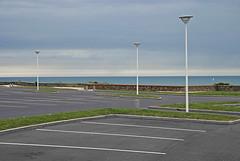 Normandie 2016 / Normandy 2016 (Joseff_K) Tags: granville streetlamp réverbère carpark parking parkinglot normandie normandy cotentin cloud nuage mer sea lamanche manche thechannel channel ciel sky nikon nikond80 d80 tamron tamron1750f28