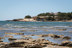 S'Estanyol, Mallorca (Adrià Páez) Tags: sestanyol mallorca majorca llucmajor illes balears islas baleares balearic islands spain españa mediterranean sea island water beach rocks trees waves boats pier canon eos 7d mark ii