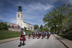 50th Anniversary Churchill Parade (Notley Hawkins) Tags: httpwwwnotleyhawkinscom notleyhawkinsphotography notley notleyhawkins 10thavenue missouri fultonmissouri fulton callawaycounty callawaycountymissouri parade people 2019 may bagpipers bagpipes street building architecture churchillparade 50thanniversarychurchillparade churchillmemorial churchofstmarythevirginaldermanbury church