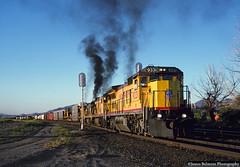 Departing Lynndyl on a Clear (jamesbelmont) Tags: unionpacific ge c408 lynndyl utah siding signal npyr sunset railroad railway train locomotive