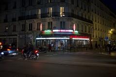 Paris, mars 2019. (Le Cercle Rouge) Tags: paris france café bar tabac pmu loto brasserie boulevardvoltaire 75011 darkness light night nuit streets parmentier
