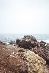 J+M (thebirdiesprod) Tags: roche pierre mer sea rock caillou siel sky paysage landscape blu bleu eau terre atmosphère calme zen vacance relax sud france passion