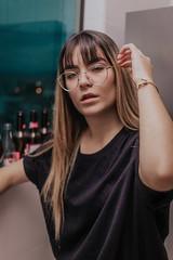 IMG_9321 (Alessandrokelvin) Tags: photoshoot ensaio food cocacola coca eyes model red canon canon6d portrait lanche light sensual oculos cellphone