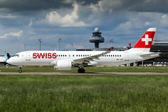 HB-JCB (PlanePixNase) Tags: eddv haj hannover airport aircraft planespotting langenhagen swiss cseries cs300 a220300 airbus a220 bombardier