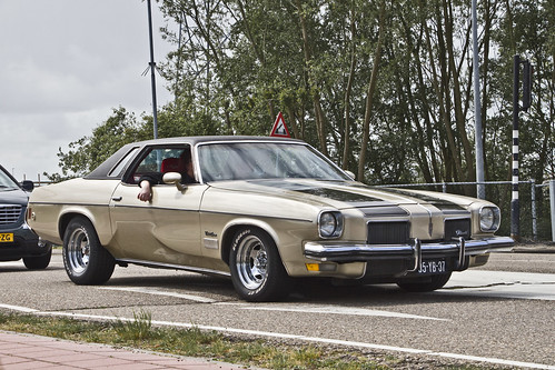 Oldsmobile Cutlass Supreme Coupé 1973 (1241)