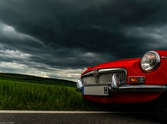 dunkle Wolken_ (carsten.plagge) Tags: 2019 cp55 carstenplagge farben mg mgb