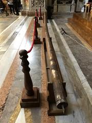 L'asse di legno in cui era avvolta la Tela quaresimale o della Passione nella chiesa di Santa Caterina (costagar51) Tags: palermo sicilia sicily italia italy arte storia chiese anticando