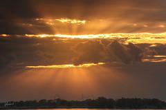 Behind the clouds (fotobagaluten.de) Tags: lightrays lichtstrahlen sunrays sonnenstrahlen sunset sonnenuntergang elbe river flus germany deutschland clouds wolken landscape landschaft yellow gelb light licht