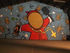 DSCF1646 (Benoit Vellieux) Tags: france auvergnerhônealpes 69 lyon 7èmearrondissement 7thdistrict avenuedebourg halledebourg peinturefraiche festival exposition exhibition ausstellung streetart murpeint paintedwall bemaltemauer mural lapin rabbit kaninchen cardinal kardinal streetartist ange angel engel angelot englein cherub kruzifix crucifix jace gouzou