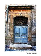 11 (Dave Snowdon (Wipeout Dave)) Tags: davidsnowdonphotography canoneos1100d pézenas occitanie france francais hérault doors windows shutters architecture buildings