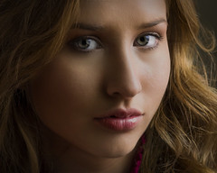 Pamela 050519 02 (TNrick) Tags: portraits naturallight ftmyers florida woman windowlight