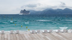 Prise à Cannes (Yann.O) Tags: cannes baie paquebot transat mer méditérranée