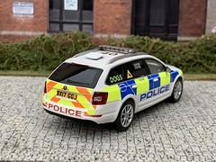 1/43 Code 3 Skoda Octavia West Midlands Police Dog Unit (Mike's Code 3 Models) Tags: 143 code 3 skoda octavia west midlands police dog unit code3 wmp diecast k9 bx17ggj