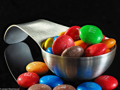 Macro Mondays - A Spoonful... Chocolate (J.Weyerhäuser) Tags: aspoonful hmm heliconfocus löffel mm macromondays makro schokolade stack studio crazy tuesday fullofcolor