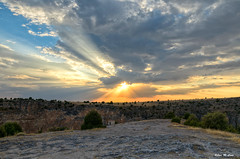 Una tarde más (Jose Manuel Cano) Tags: tarde sol sun nube cloud azul blue color colour paisaje landscape nikond5100 segovia españa spain duratón