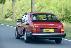 FH-NZ-23 (azu250) Tags: oldtimerfestival nationaal zandvoort circuit classic car saab 900