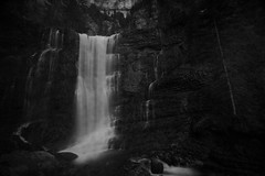 Le cirque du Saint-Même (N.Hell) Tags: waterfall scenery landscape wonderful earth nature pretty beauty amazing water view forest rock monochrome bw blackandwhite canon 50d 1022mm environment biodiversity longexposure alps chartreuse hiking wood