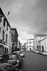 Bank Street (bigalid) Tags: film 35mm ricoh rz728 ilford xp2 c41 bw april 2019 scotland street dumfries