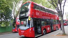 P1160409 VH45310 LF19 FWA at Ealing Broadway Station Haven Green Ealing Broadway London (LJ61 GXN (was LK60 HPJ)) Tags: ratp londonunited volvob5lhybrid wrightbusgemini3streetdeckstyle wrightbusgemini3 106m 10600mm vh45310 lf19fwa ar108