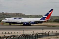 CU-T1250 (moloneytomEIDW) Tags: madridairport ilyushinil96 cubana cut1250 il96 il96300 ilyushin mad