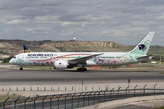 XA-ADL (moloneytomEIDW) Tags: boeing7879 boeing787 boeing b787 b7879 b789 dreamliner aeromexico xaadl mad