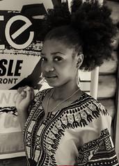 Candacy Albert (05_0099BW) (ronnie.savoie) Tags: africanamerican black noir negra woman mujer chica muchacha girl pretty guapa lovely hermosa browneyes ojosnegros brownskin pielcanela portrait retrato model modelo modèle smile sonrisa belize belizecity birdsisle diaspora africandiaspora