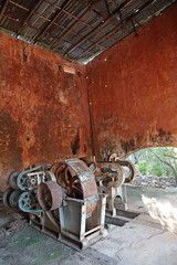 Obsolescence (peterkelly) Tags: digital canon 6d yucatán haciendasanpedroochil northamerica gadventures mayandiscovery mexico ceiling arch rusty rust rusted machinery wall