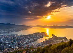 Equilibrium (b.adolphi) Tags: bergen norway fløyen city view viewpoint sunset sky sea fjord yellow blue buildings boats ships water