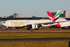 Emirates Boeing 777-31H/ER A6-ENX (Mark Harris photography) Tags: spotting yssy sydney aviation canon 5d