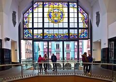 Fenster / Window (schreibtnix on'n off) Tags: reisen travelling europa europe spanien spain baskenland basqueregionbilbao gebäude building markt market merkatualariberea seewolf catfish olympuse5 schreibtnix
