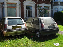 1988 Renault 5 1.4GT Turbo & Renault 5 Automatic (Neil's classics) Tags: vehicle 1988 renault 5 gt turbo abandoned car