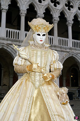 QUINTESSENZA VENEZIANA 2019 736 (aittouarsalain) Tags: venise venezia carnevale carnaval costume masque mask