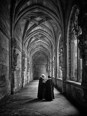 Conversation in the cloisters, Toledo, Spain (allophile) Tags: smartfotofest mobiography lamancha españa travel blackandwhite shotoniphone iphonex iphone cloisters medieval toledo spain