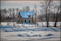 Abandonnée ... Abandoned (Jeanluc Verville) Tags: vieillesmaisons oldhouse