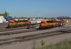 BNSF 3175- Geeps Galore (Khang Lu) Tags: bnsf monticello local gp50 gp382 emd 3175 northtown mn minnesota minneapolis burlington northern santa fe yard train locomotive railroad h4 h1 monti