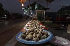 Cambogia - Molluschiamo? (iw2ijz) Tags: nikon reflex d500 cibo food street cambodia cambogia market night marketbynight notturno mercato siemriep kyunghyu