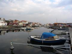 fotö (helena.e) Tags: helenae fotö husbil rv motorhome älsa water vatten himmel sky båt boat