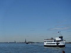 201905071 New York City Statue of Liberty (taigatrommelchen) Tags: 20190519 usa ny newyork newyorkcity nyc manhattan financialdistrict ocean atlantic coast ship sky sight icon