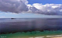 NUBES DE TORMENTA (Angelines3) Tags: nwn nubes naturaleza cielo mar martesdenubes isla comunidadvalenciana alicante benidorm bahia