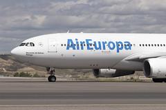 IMG_8660 (Pablo_90) Tags: plane planespotting lemd mad spo spotting airbus bo boeing a320 a330 a380 b737 b787 airport aircraft