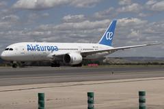 IMG_8498 (Pablo_90) Tags: plane planespotting lemd mad spo spotting airbus bo boeing a320 a330 a380 b737 b787 airport aircraft