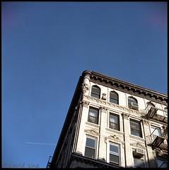 (david sine) Tags: nyc newyorkcity newyork manhattan city building sky stuff things yashica yashicaa tlr twinlensreflex mediumformat 120 color kodak portra film scannednegative