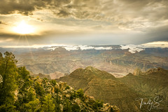 Sunshine (Timothy S. Photography) Tags: grandcanyon arizona unitedstatesofamerica cloudyday cloudyphotography hiking hikersview