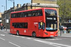 LK18 AKZ (VMH2462) Metroline London (hotspur_star) Tags: londontransport londonbuses londonbus londonbuses2019 mcvvolvoevoseti tfl transportforlondon hybridbus hybridtechnology busscene2019 doubledeck metrolinelondon lk18akz vmh2462 30