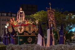 Mª Magdalena (Juan Ig. Llana) Tags: bilbao bizkaia vizcaya euskadi españa semanasanta religión procesión virgenmaria pendón paso hermandad cofradía cofrades nazarenos capirotes