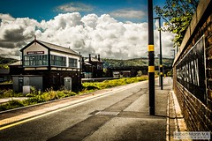 Abergele&PensarnRailStation2019.05.11-16 (Robert Mann MA Photography) Tags: abergelepensarnrailstation conwy northwales train trains railway railways station stations 2019 summer 11thmay2019 transportforwales tfwrail class175 coradia class158 supersprinter class150 sprinter