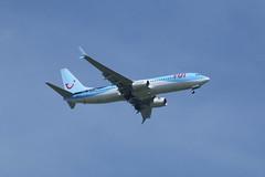 G-TAWX on approach. (aitch tee) Tags: tui boeing b737800 gtawx finalapproach cardiffairport cwlegff aircraftspotting airliner jetliner maesawyrcaerdydd walesuk