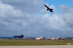 171105_056_BlueAngels (AgentADQ) Tags: us navy blue angels jacksonville nas air show airshow naval station f18 hornet jet fighter aerial demonstration team 2017 florida airplane military aviation